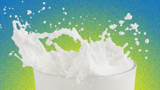 خوردن شیری که از چاپ سهبعدی به دست آمده تصور کنید