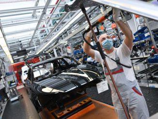 تولید صنعتی، موتور احیای رونق اقتصاد جهان