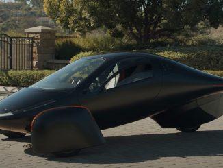 خودروی جدیدی که 100 درصد با انرژی خورشیدی کار میکند