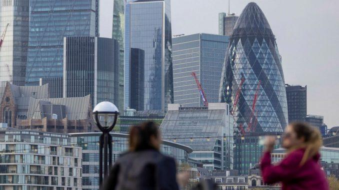 احتمال از دست رفتن موقعیت لندن به عنوان برجستهترین مرکز مالی دنیا